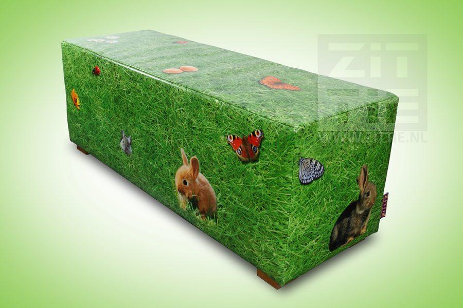 hockerbank gras met diertjes zittie design meubels interieur. Black Bedroom Furniture Sets. Home Design Ideas