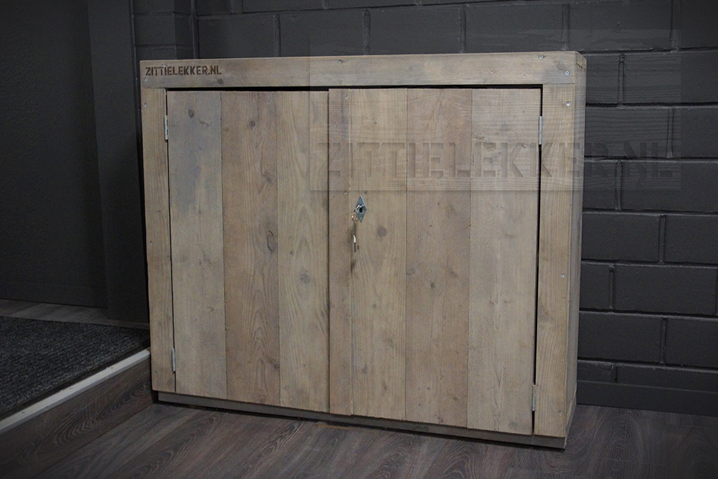 Houten kast tv meubel of wandmeubel eventueel met print